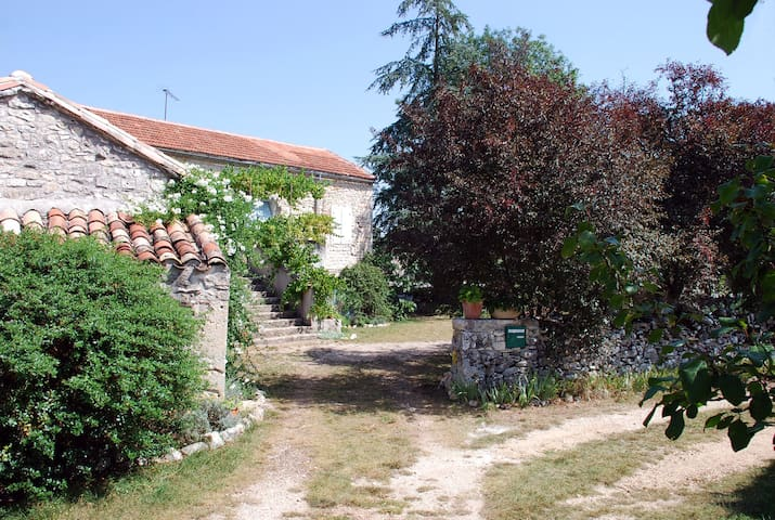 Sur le chemin - Cremps - Bed & Breakfast