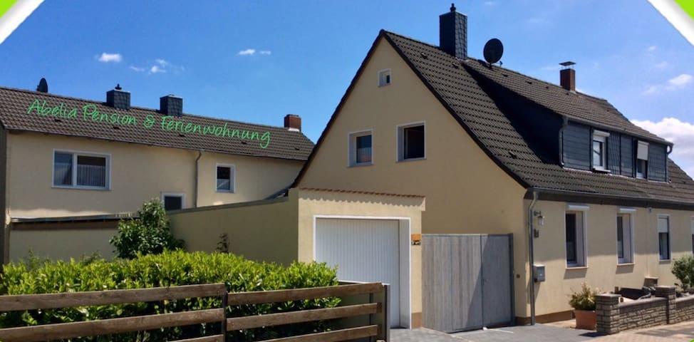 FeWo mit Terrasse u. DZ mit Balkon - Helmstedt - Lägenhet