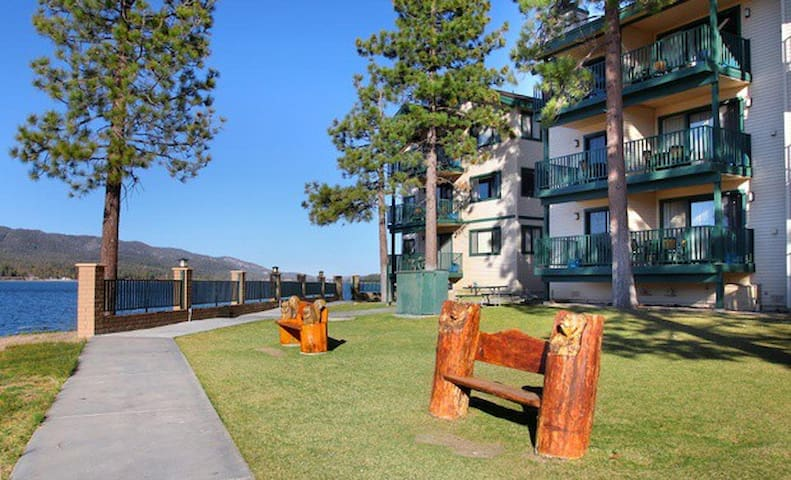 Lakefront 1BR Condo Lagonita Lodge