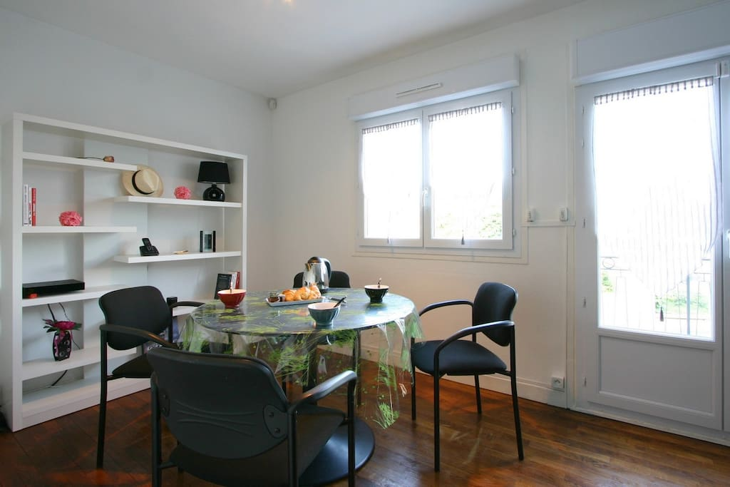 Rare villa 160m proche centre 3sdb maisons louer for Maison a louer reims