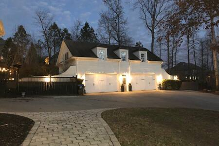 Private Guest House-Equestrian Estate Neighborhood