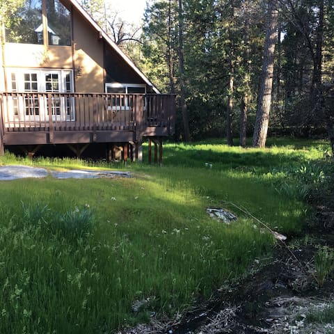 Yosemite Chalet near Mountain Lake - Oakhurst - Casa