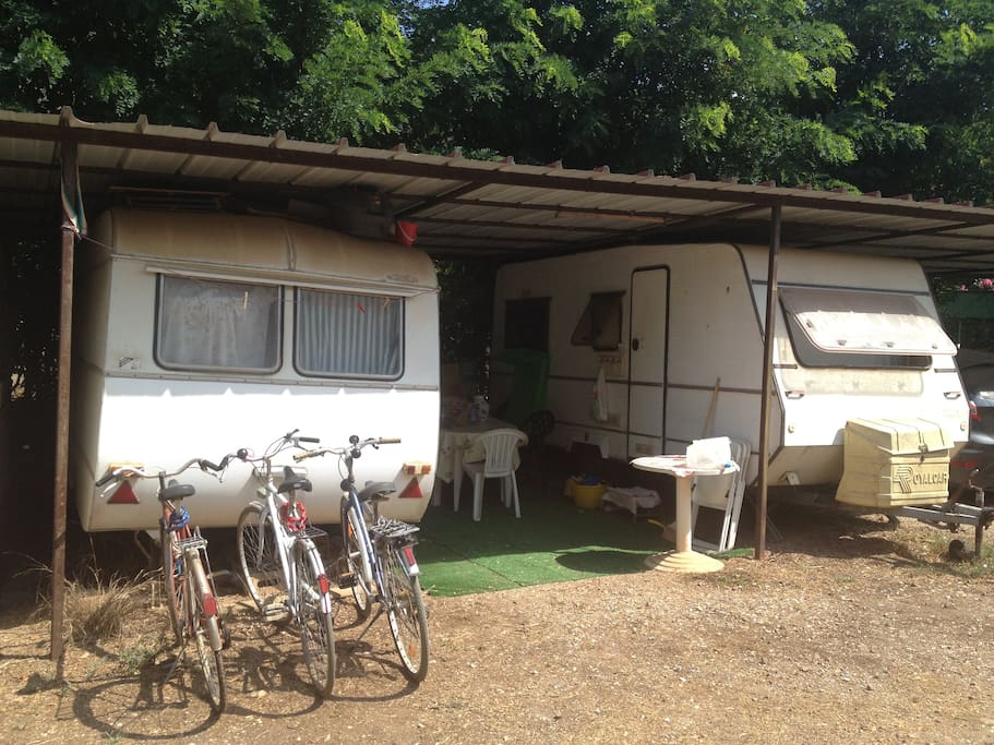 Elba coisy caravan in farmhouse campers rvs in affitto a for Bagno x roulotte
