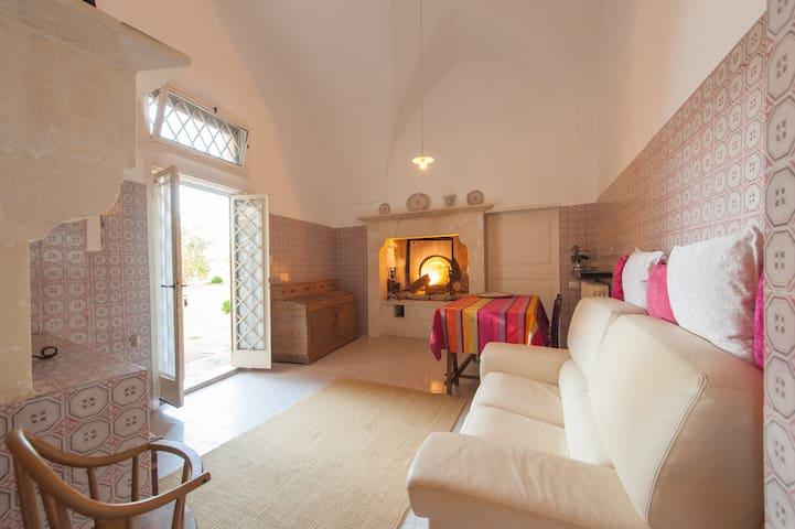 Cozy apartment in Villa - Lecce - Leilighet