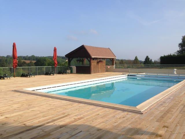 Studio avec piscine proche Sarlat - Saint-Geniès - Apartemen