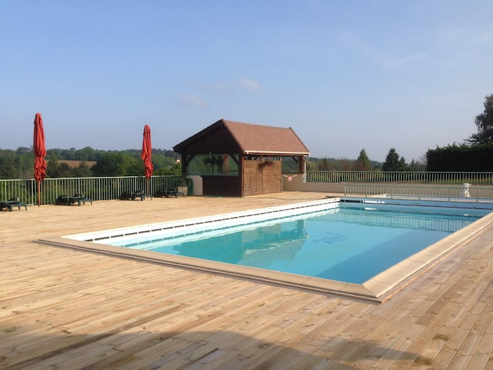Studio avec piscine proche Sarlat