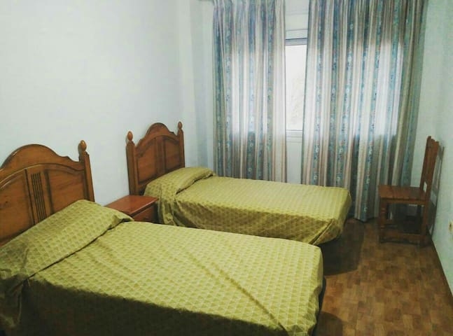 Habitación doble Av. Mediterráneo - Almería - Apartment