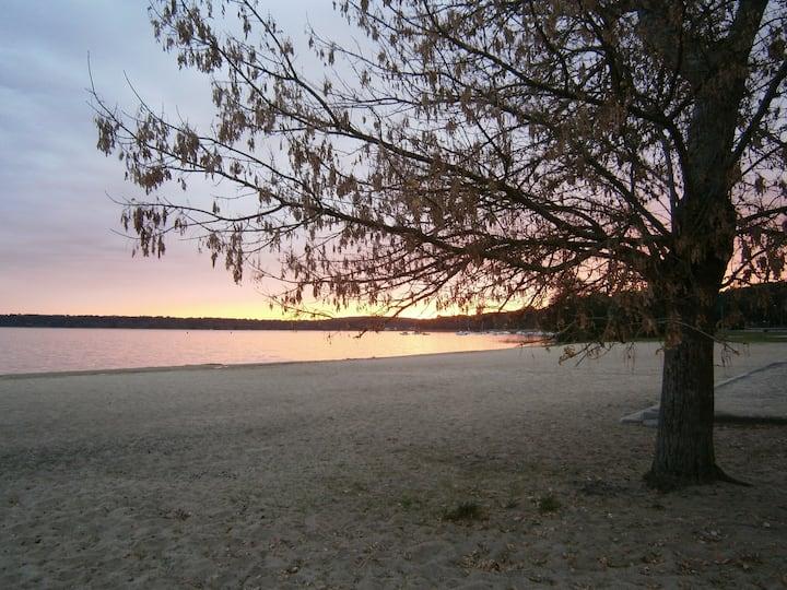 Studio au bord du lac de Lacanau (le moutchic)