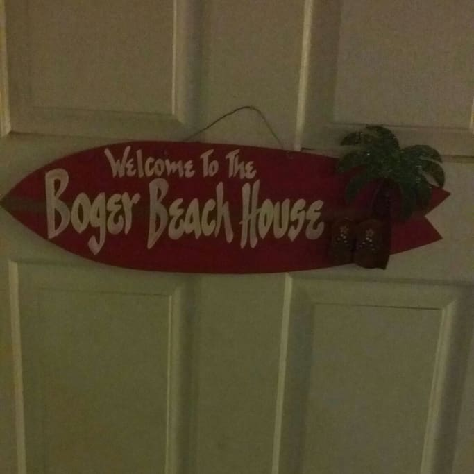 Welcome to the boger beach house ♡