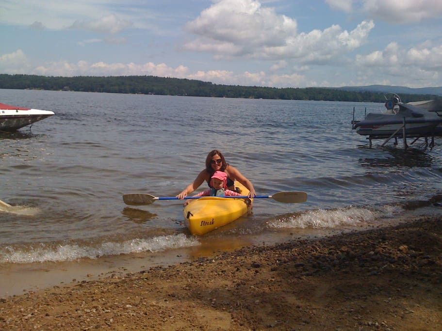 Great shallow swim area for the kids at the beach - Yellow kayak is in the shed!