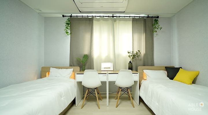 HOUSE SHARE in Jeongneung 1 B1 (twin room)