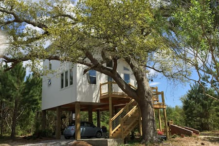 Eco-Beach House in the Trees!!!!! - Waveland - Hus