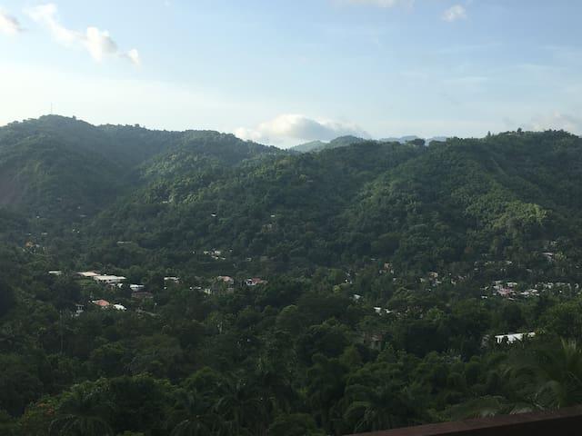 Valley View Villas