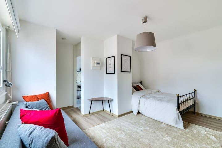 Grand Studio confortable - Vue cathédrale & balcon