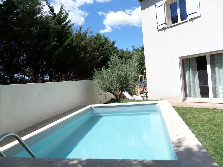 Bastide proven ale piscine priv e maisons louer for Piscine gemenos