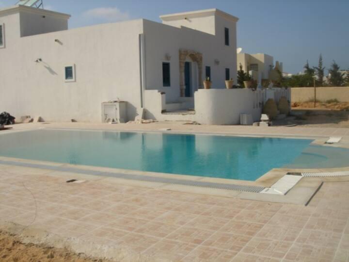 Djerba Villa en face Lagune Piscine