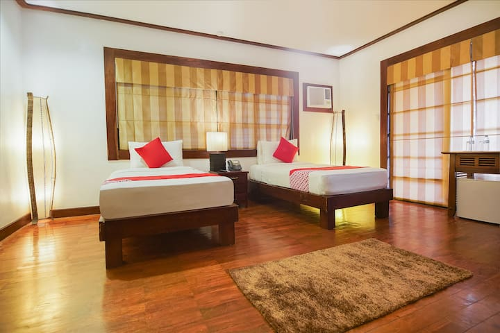 Deluxe Twin Stay@Sheridan Boutique Resort
