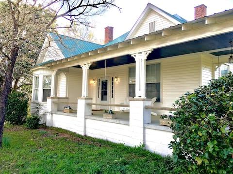 Bison Farmhouse in Greensboro, GA