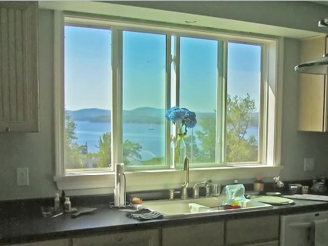 Ocean View Condo In Belfast, ME - Belfast - Apartment