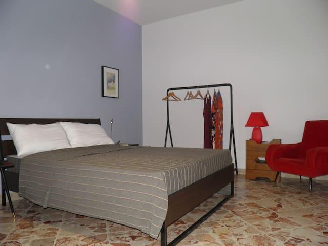 Camera 1 : Matrimoniale comoda, grande con aria condizionata