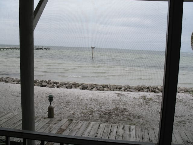 FOOT STEPS FROM CHARLOTTE HARBOR APT 2 - Bokeelia - Appartement
