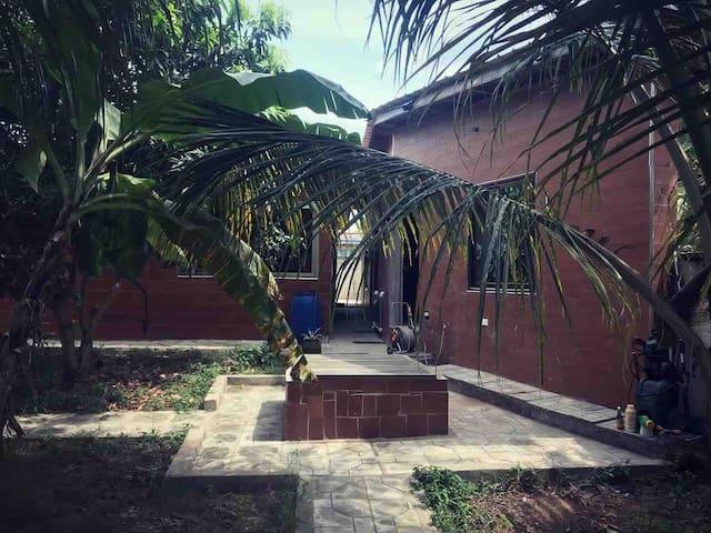 Modern residence + Gym & Pool