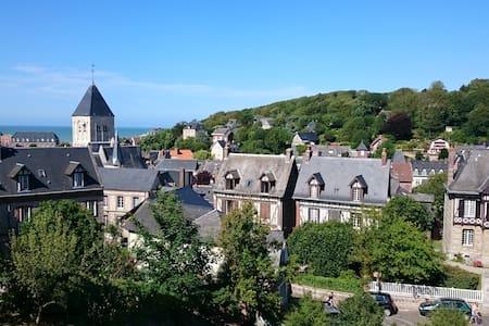 Maison neuve vue mer et village - Veules-les-Roses - Hus