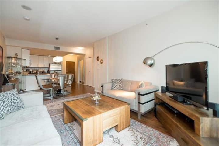 *****Accessible Luxury 2 BR- 2BR*****
