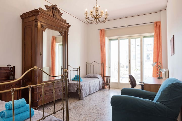 Double room with an amazing Etna and sea view! - Catania