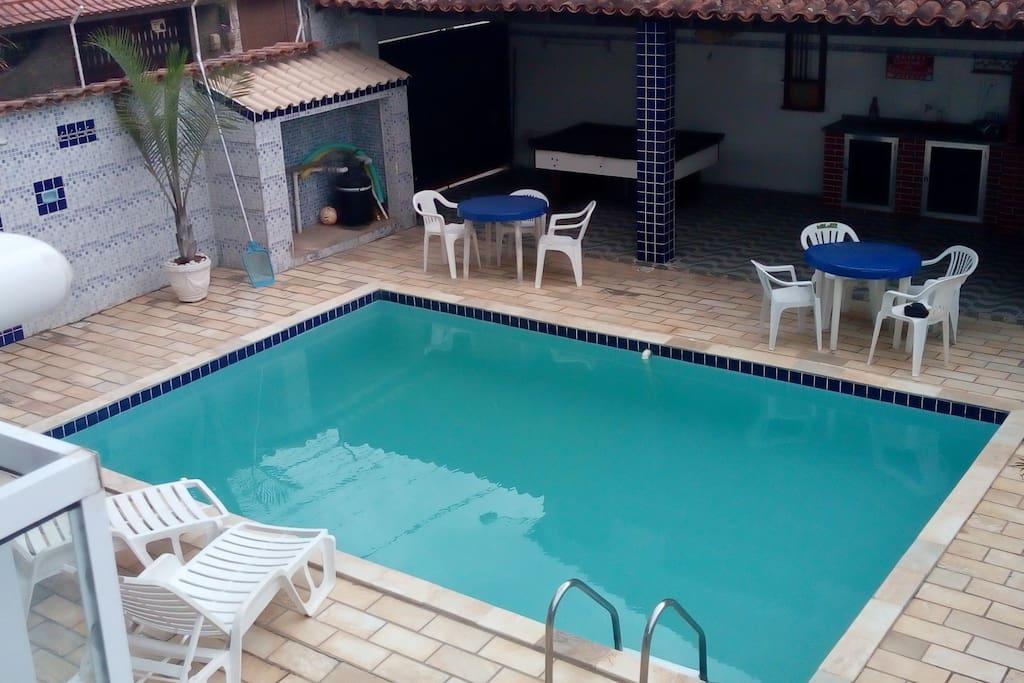 Vista da piscina do segundo pavimento
