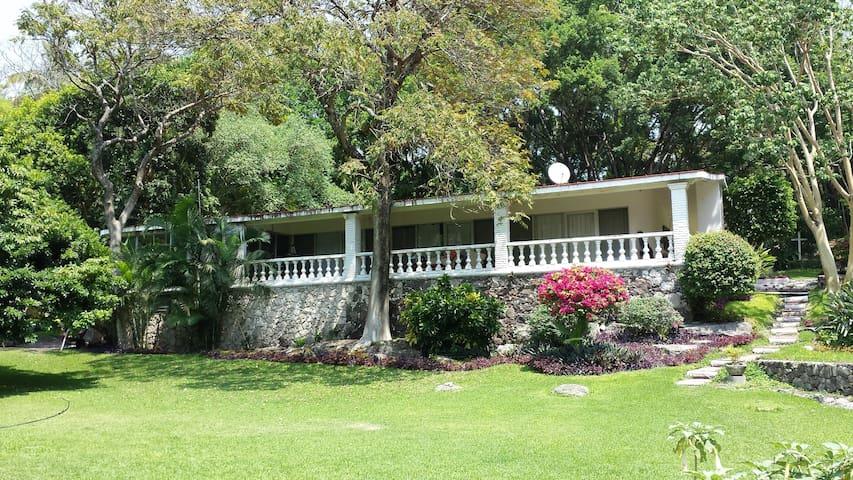 Villa en el estado de Morelos, Méx. - Tlaltizapán, Mor.