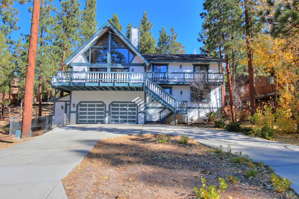 Alpine get a way walk to the lake chalet in affitto a for Cabine di noleggio in big bear ca
