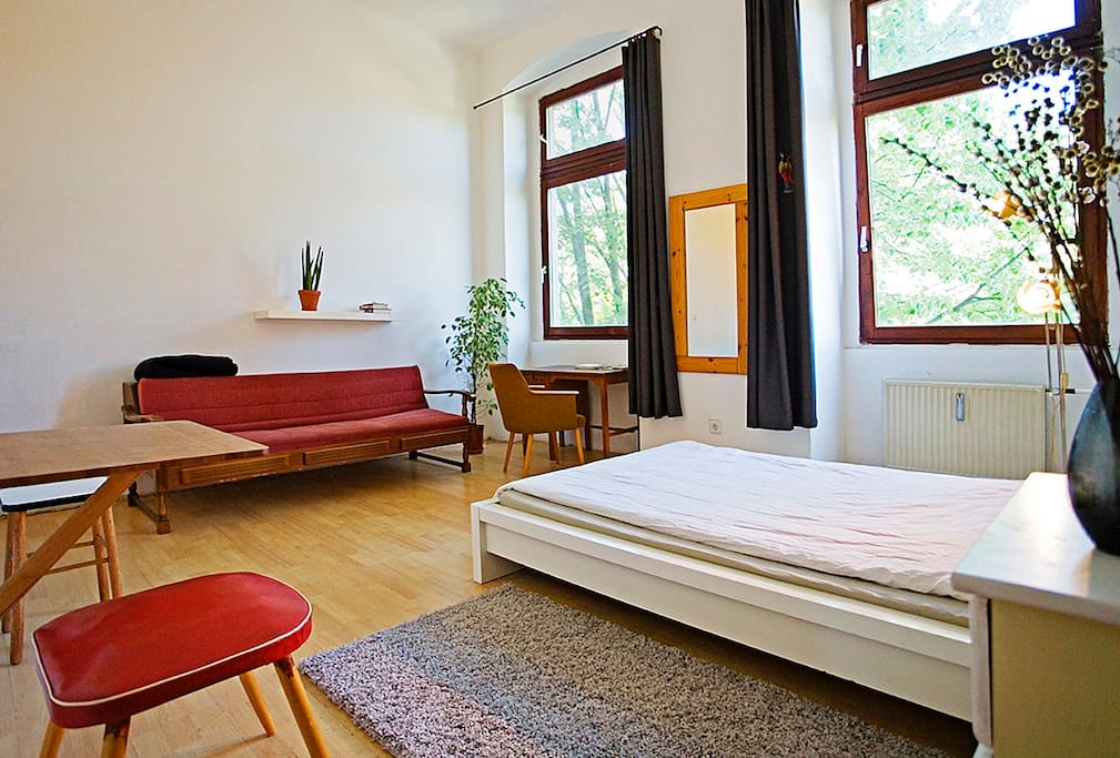 fully furnished 1 room apartment apartments for rent in berlin berlin germany. Black Bedroom Furniture Sets. Home Design Ideas