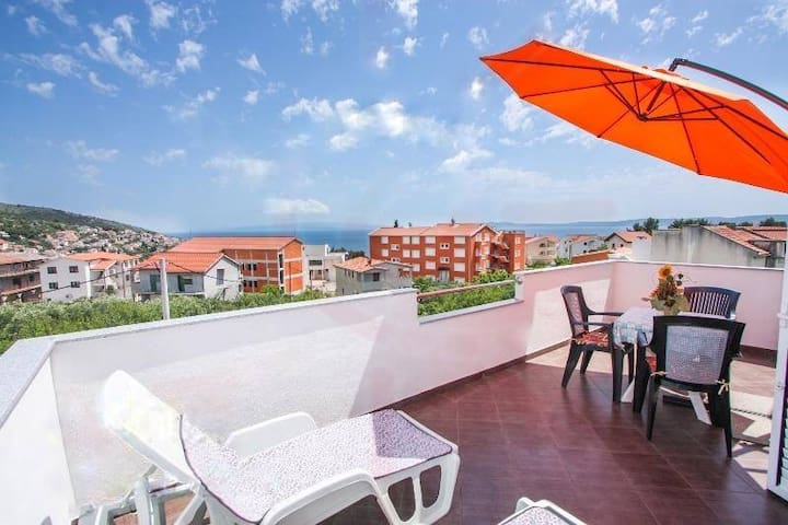 Comfort Apartment with Terrace (2 Adults)