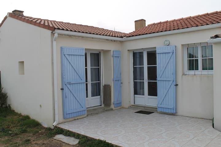 Maison au bord de mer