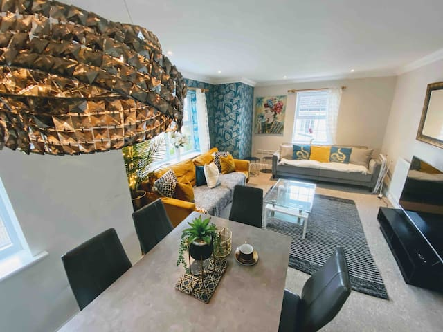 💓🌟The Spacious Gem Apartment With Parking💓🌟
