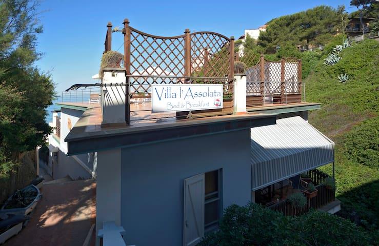 Villa L'Assolata B&B Relais - Castiglioncello - Bed & Breakfast