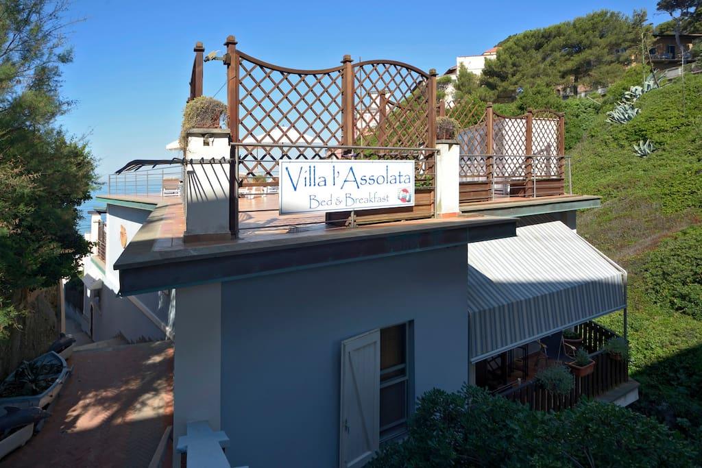 Villa L 39 Assolata B B Relais Pernottamento E Colazione In
