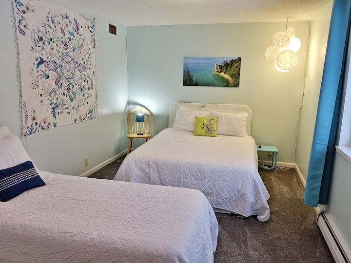 2-Bedroom Unit {POOL & V-ball}