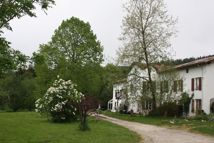 La Font Blanche - Belvis - Hus