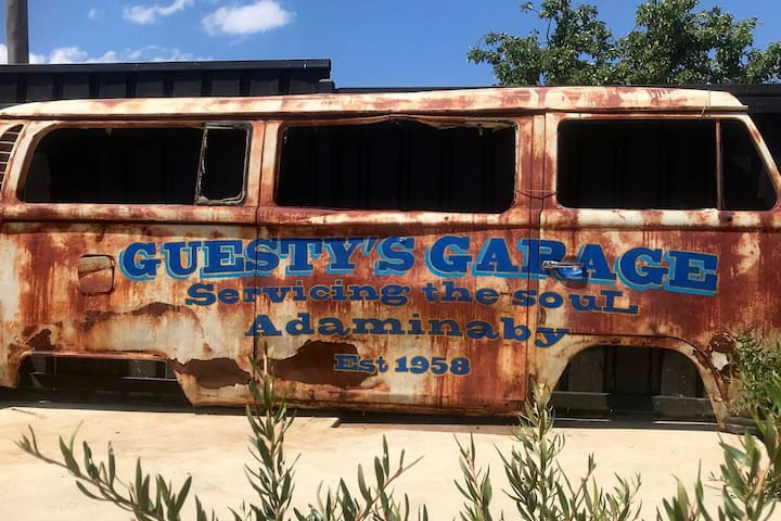 Guesty's Garage Adaminaby