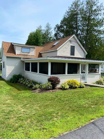 Schroon Lake - Village Home - Great Location!