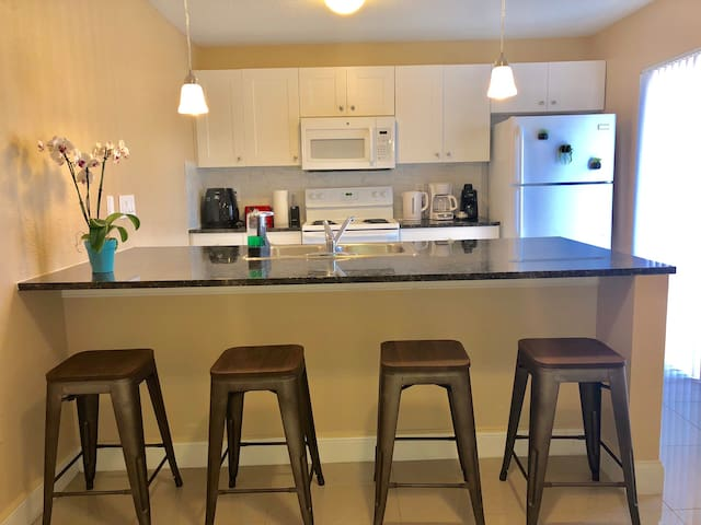 Townhouse-2bed/2bath-Universal/Disney/Mall