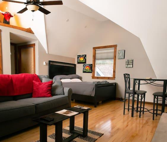 Guest Suite near Miller Park/Brewery/State Fair