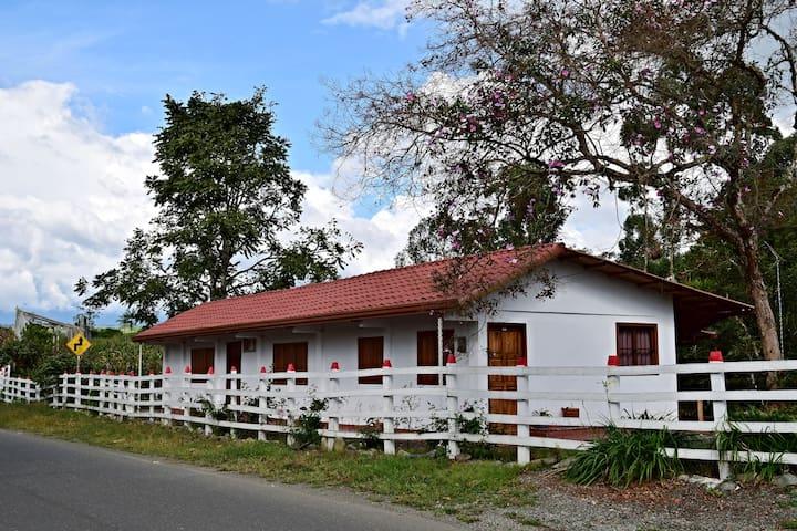 Filandia, Quindio - nice country house & new! - Filandia