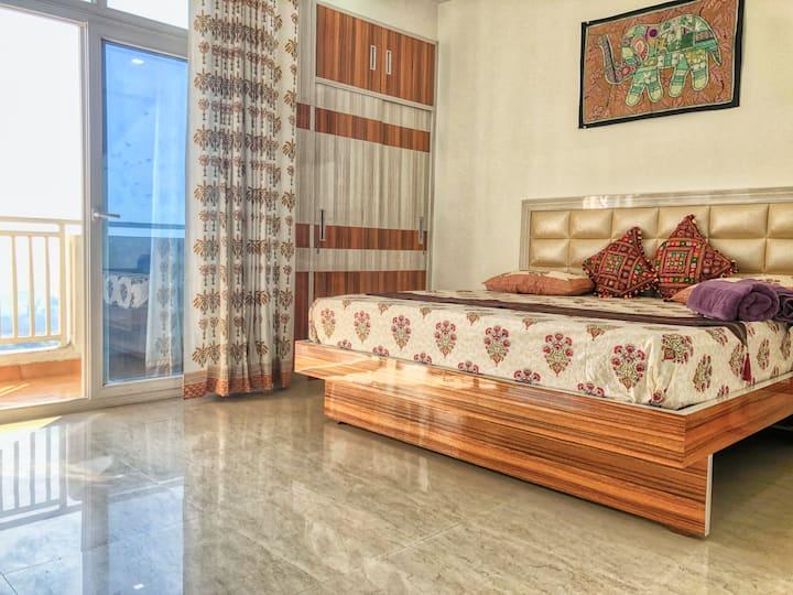 Cozy Emerald Home - Room 2