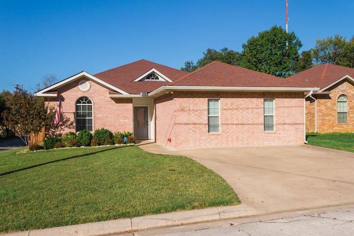 Charming home steps away from the city square!