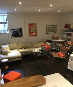 Union Square Design Hotel-Like Studio/Loft - SHARE - Apartamento