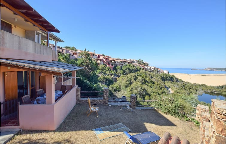Holiday apartment with 2 bedrooms on 65m² in Arbus