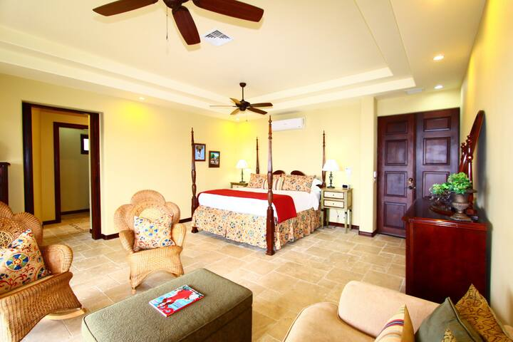 The Pacifico Suite - Playa Panama